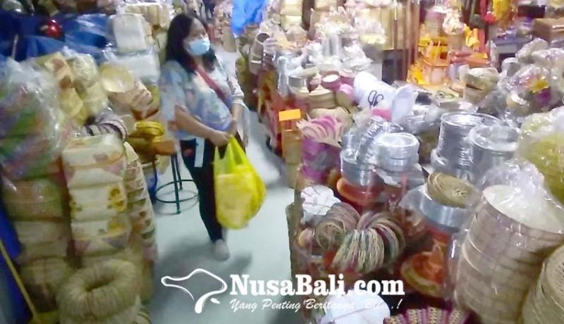 www.nusabali.com-pd-pasar-akhirnya-izinkan-1684-pedagang-kembali-buka