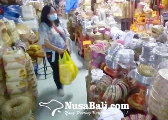 Nusabali.com - pd-pasar-akhirnya-izinkan-1684-pedagang-kembali-buka