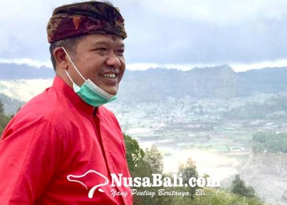 Nusabali.com - bupati-sedana-arta-sumbang-sebulan-gajinya-untuk-warga-yang-terdampak-ppkm-level-3