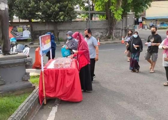Nusabali.com - polres-jembrana-sediakan-lapak-telur-gratis
