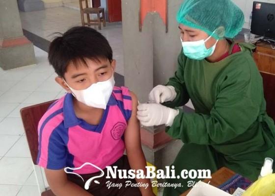Nusabali.com - smpn-11-denpasar-mulai-melaksanakan-vaksinasi-anak