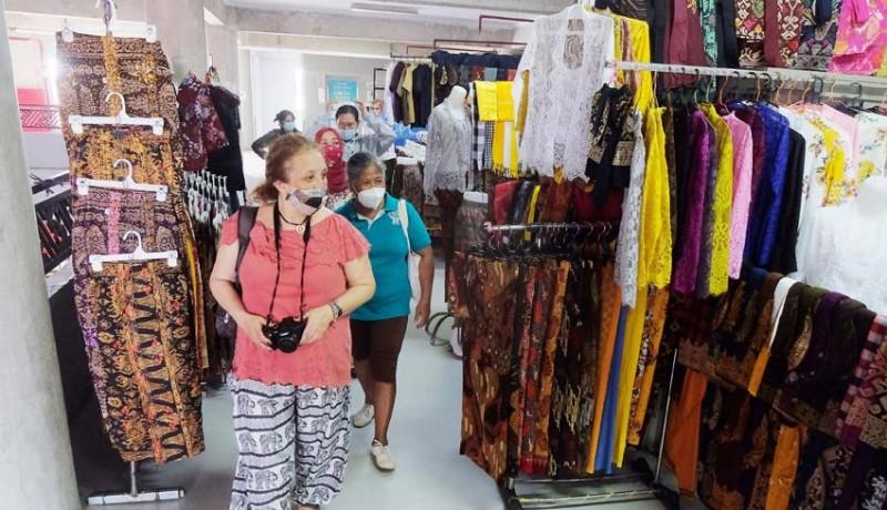 www.nusabali.com-pedagang-sektor-non-esensial-kembali-buka-di-denpasar
