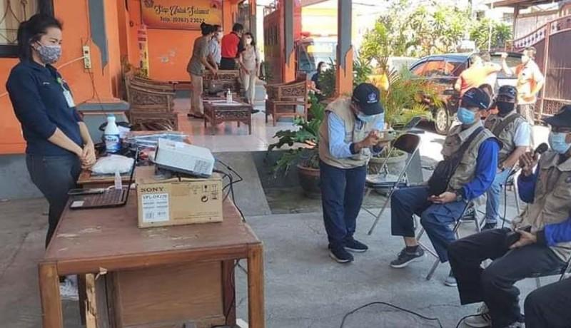 www.nusabali.com-18-orang-relawan-dilatih-tangani-jenazah-pasien-covid-19