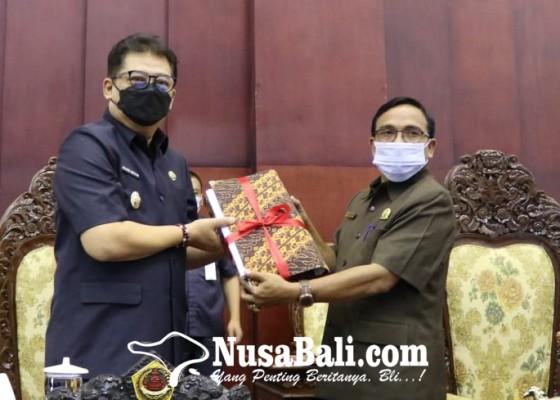 Nusabali.com - tahun-2022-gianyar-rancang-pendapatan-daerah-rp-1955-t