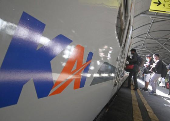 Nusabali.com - begini-persyaratan-penumpang-kereta-api-di-masa-ppkm-level-1-sampai-4