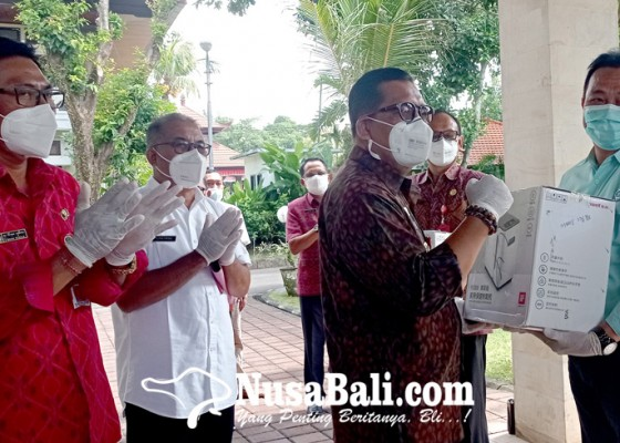 Nusabali.com - pematung-nyoman-nuarta-sumbang-6-unit-mesin-konsentrator-oksigen