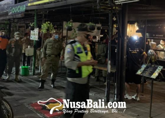 Nusabali.com - satpol-pp-akui-kesulitan-mengawasi