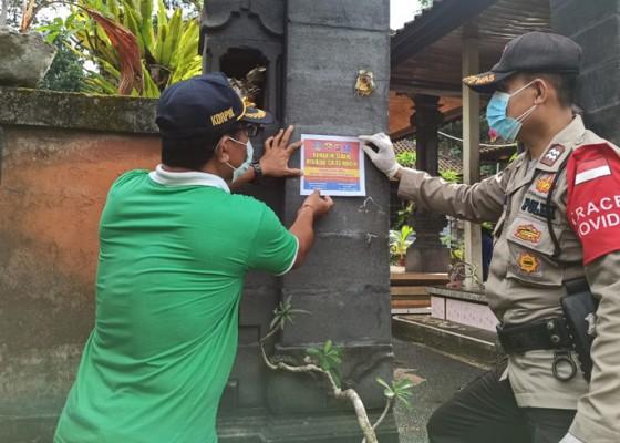 Nusabali.com - polisi-stiker-rumah-warga-isoman