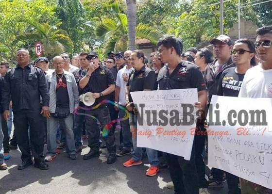 Nusabali.com - gerudug-kejati-lb-minta-jaksa-bersikap-adil