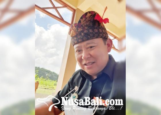 Nusabali.com - pengusaha-kumpulkan-seribu-paket-sembako