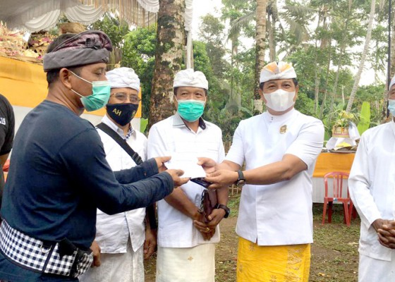 Nusabali.com - suyasa-turut-ngerastiti-kelancaran-upacara