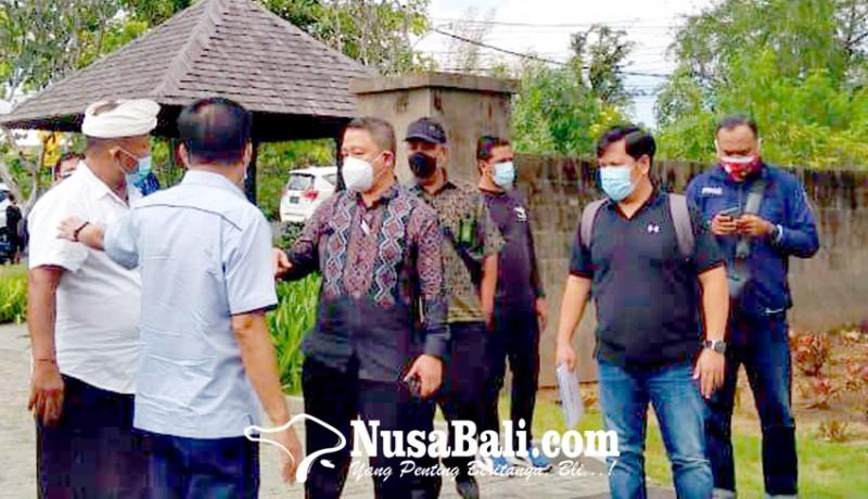 www.nusabali.com-massa-berbadan-kekar-berkerumun-sita-jaminan-jimbaran-hijau-batal-digelar