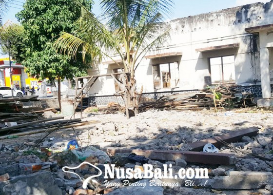 Nusabali.com - anggaran-direfocusing-proyek-rth-taman-baca-ditunda