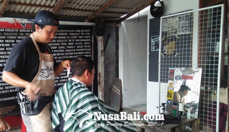 www.nusabali.com-charity-potong-rambut-bikin-ganteng-sambil-beramal