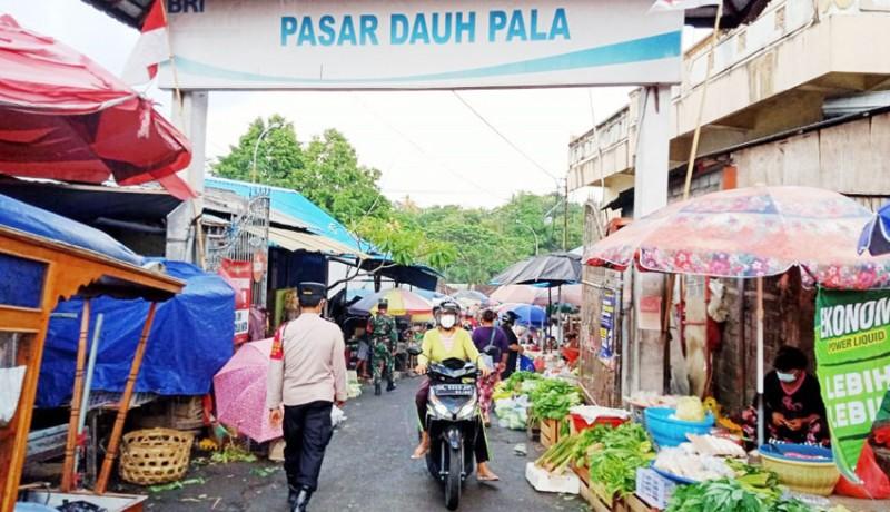 www.nusabali.com-tim-gabungan-awasi-aktivitas-pasar-di-tabanan