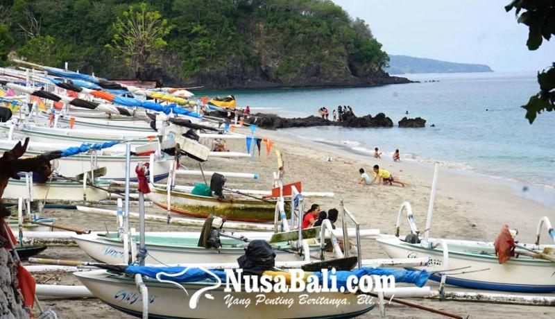 www.nusabali.com-gelombang-tinggi-nelayan-batal-melaut