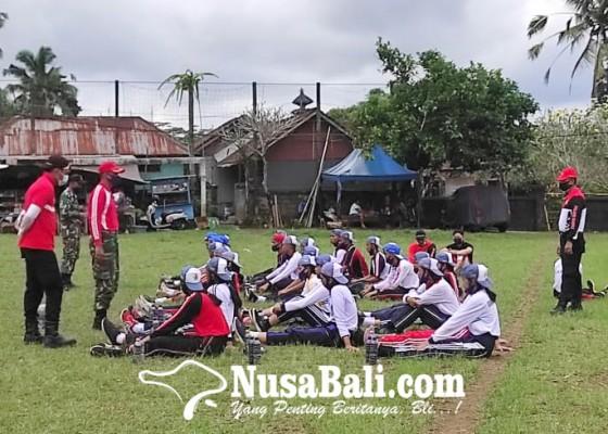 Nusabali.com - calon-paskibraka-bangli-tes-swab-berkala