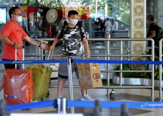 Nusabali.com - penumpang-di-bandara-ngurah-rai-merosot-81-persen-saat-ppkm