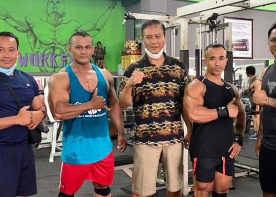 Nusabali.com - hanya-lolos-dua-atlet-binaraga-diberi-manajer